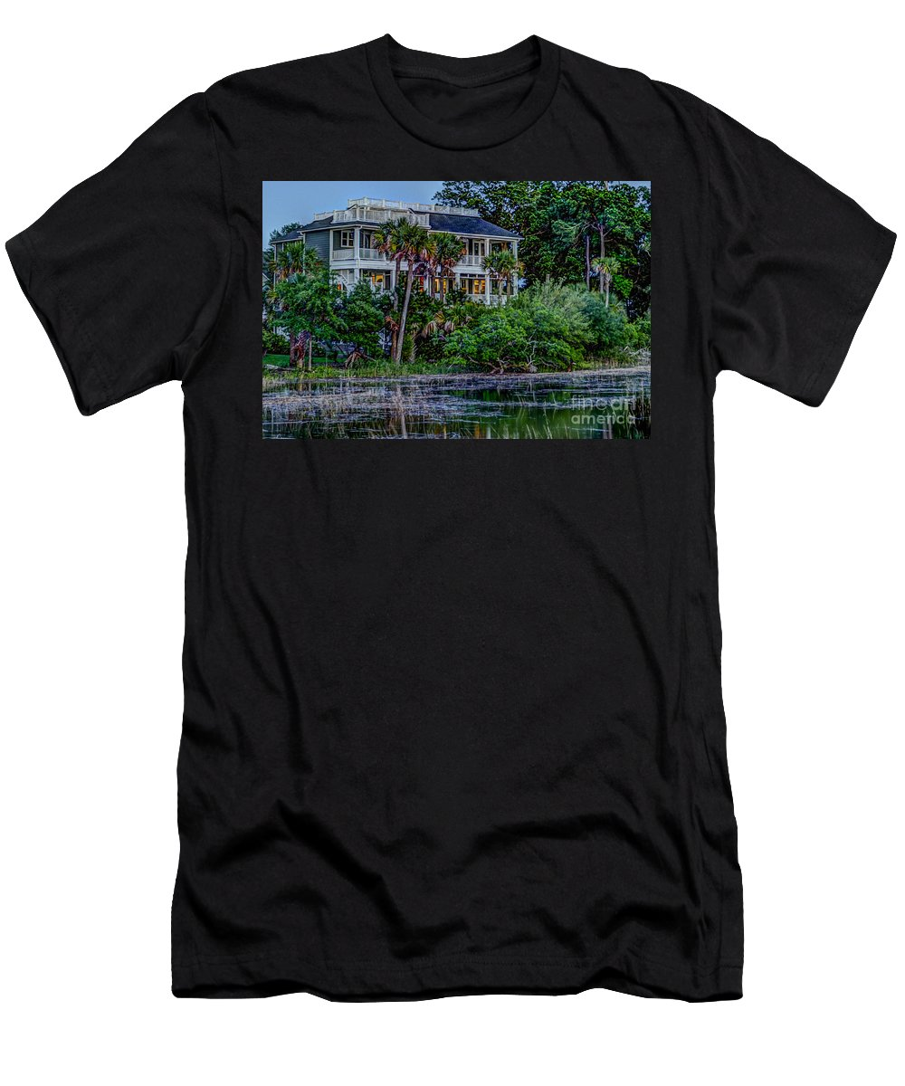 Lowcountry Home Men's T-Shirt (Athletic Fit) featuring the photograph Lowcountry Home On The Wando River by Dale Powell