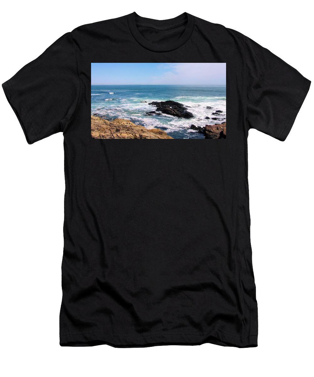 Maine Men's T-Shirt (Athletic Fit) featuring the photograph Maine 2002 B by Robert McCulloch