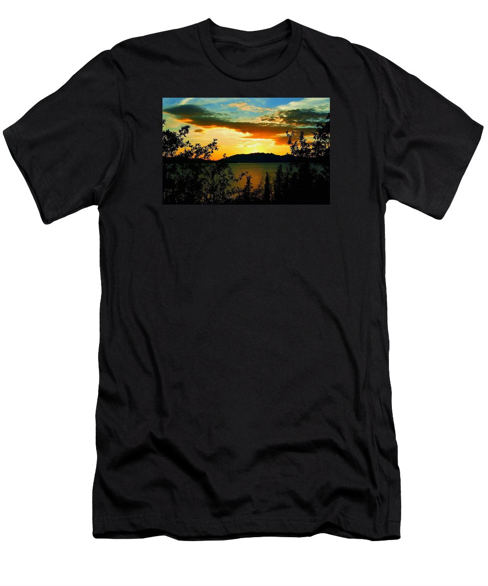 North America Men's T-Shirt (Athletic Fit) featuring the photograph Marsh Lake - Yukon by Juergen Weiss