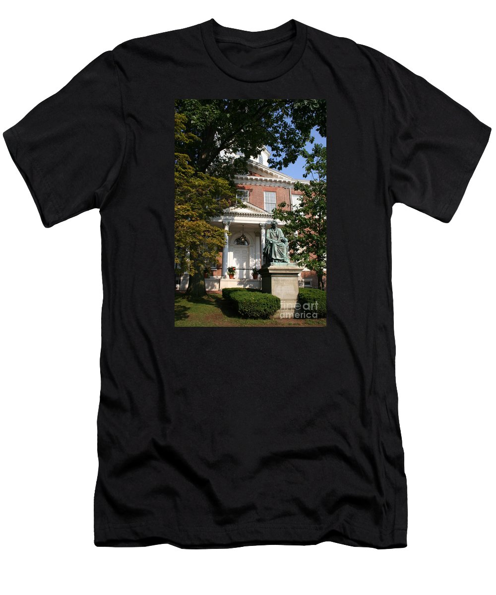 State House Men's T-Shirt (Athletic Fit) featuring the photograph Maryland State House And Statue by Christiane Schulze Art And Photography