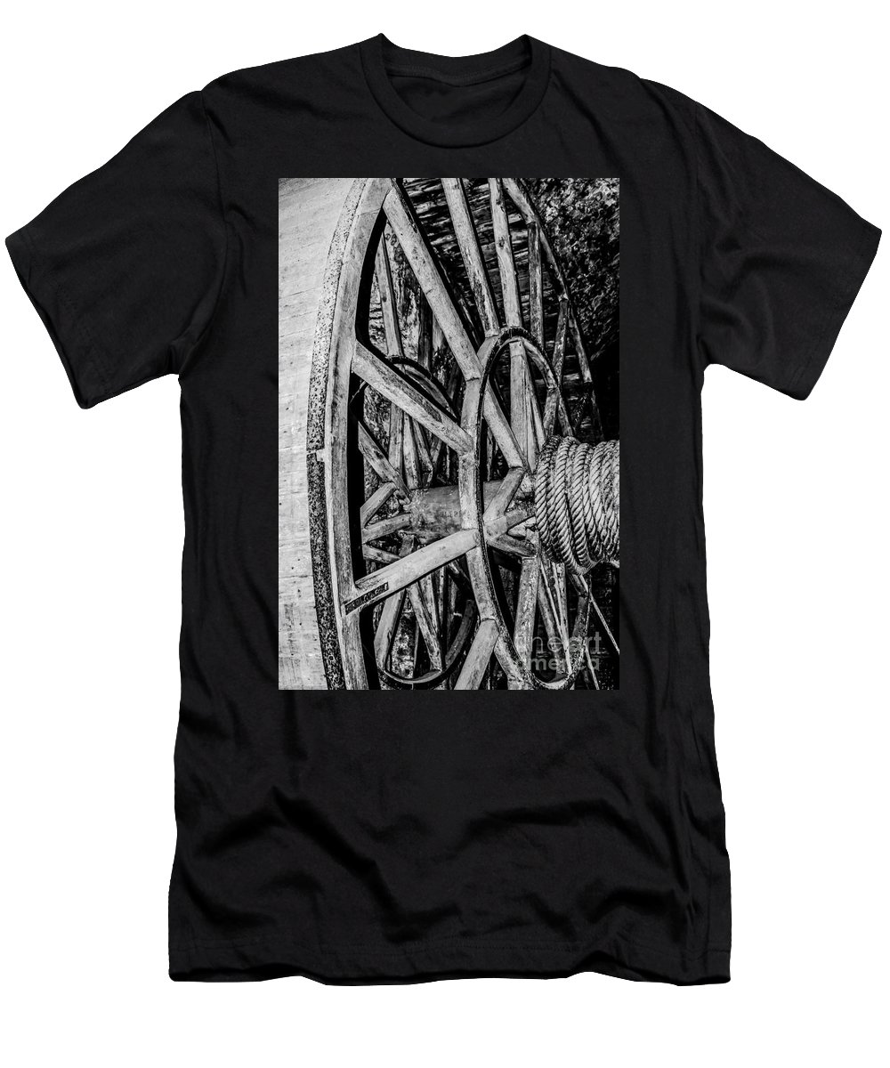 Travel Men's T-Shirt (Athletic Fit) featuring the photograph Medieval Elevator Motor by Elvis Vaughn