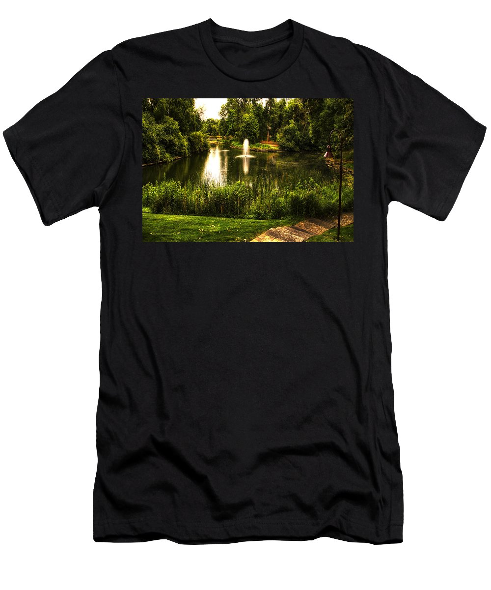 Pond Men's T-Shirt (Athletic Fit) featuring the photograph Meet Me By The Fountain by Thomas Woolworth