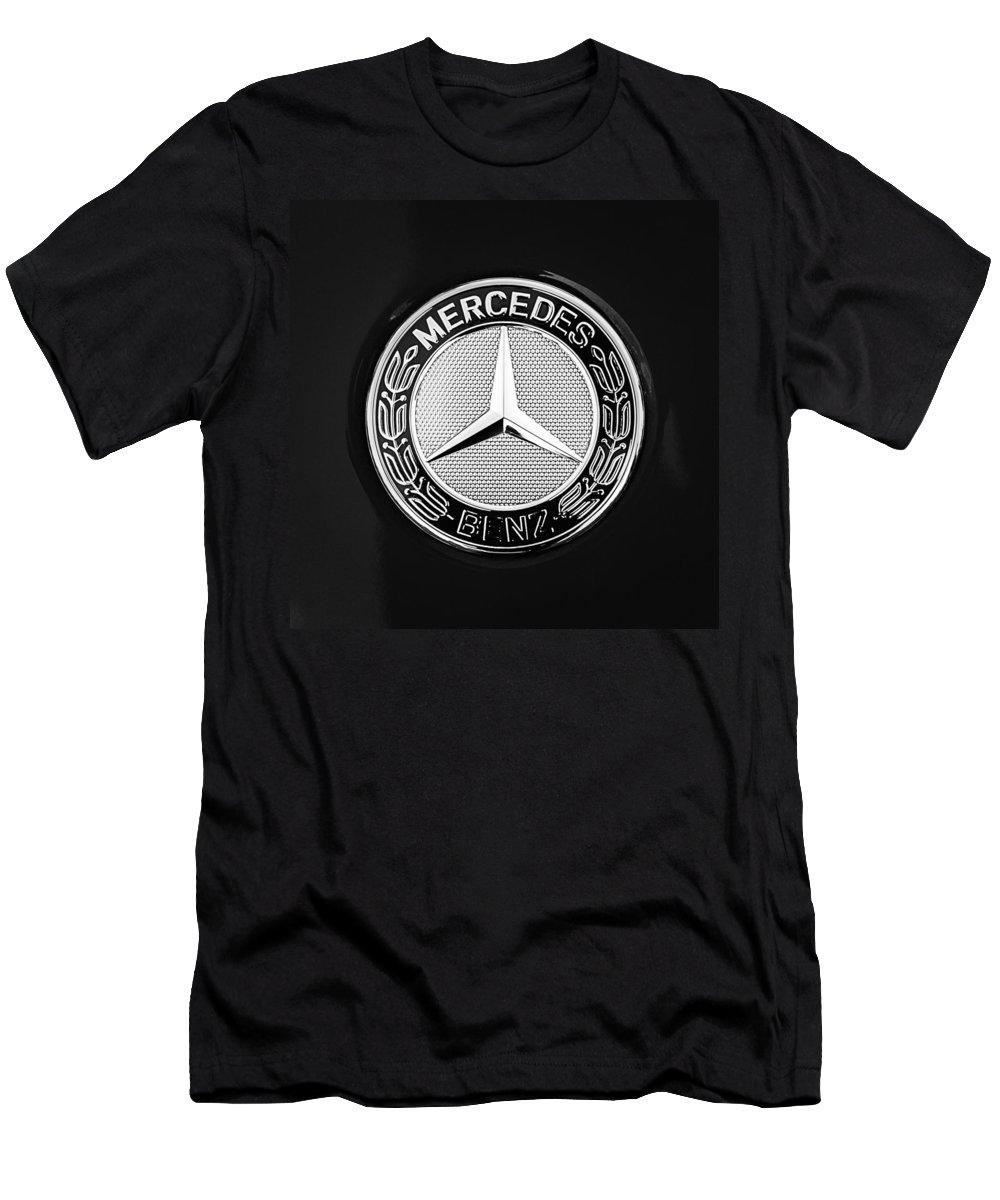 Mercedes-benz 6.3 Gullwing Emblem Men's T-Shirt (Athletic Fit) featuring the photograph Mercedes-benz 6.3 Gullwing Emblem by Jill Reger