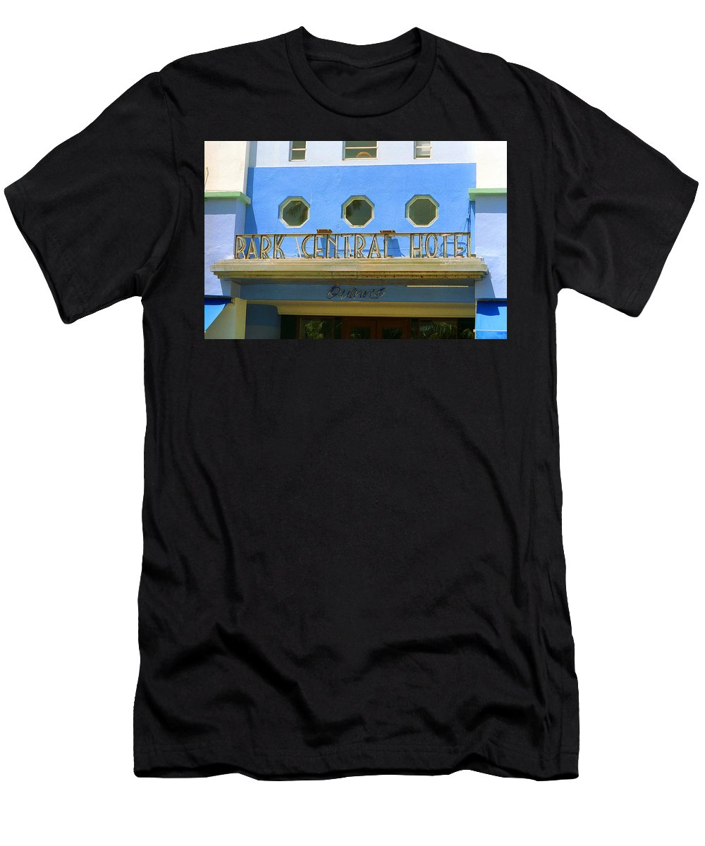 America Men's T-Shirt (Athletic Fit) featuring the photograph Miami Beach - Art Deco 6 by Frank Romeo
