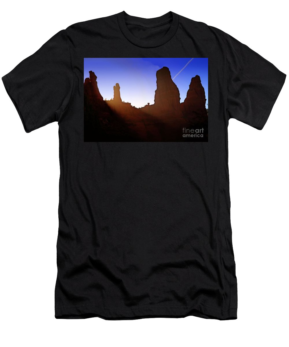 Landscapes Men's T-Shirt (Athletic Fit) featuring the photograph Mine Is Bigger Than Yours by Robert McCubbin