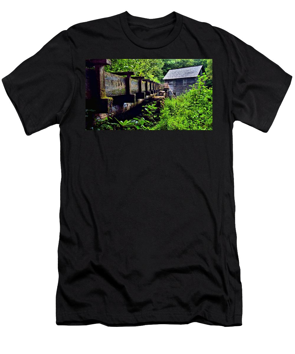 Great Smoky Mountain National Park Men's T-Shirt (Athletic Fit) featuring the photograph Mingus Mill by Carol Montoya