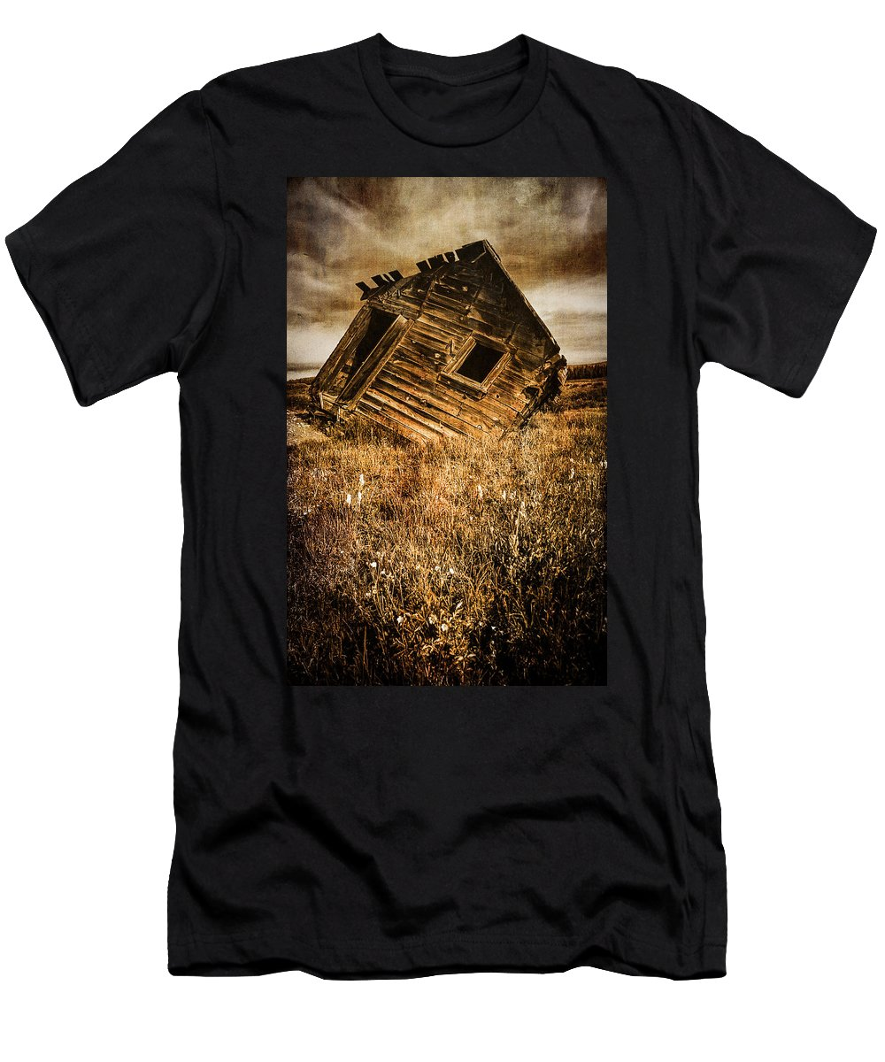 Abandoned Men's T-Shirt (Athletic Fit) featuring the photograph Quartz Mountain 6 by YoPedro