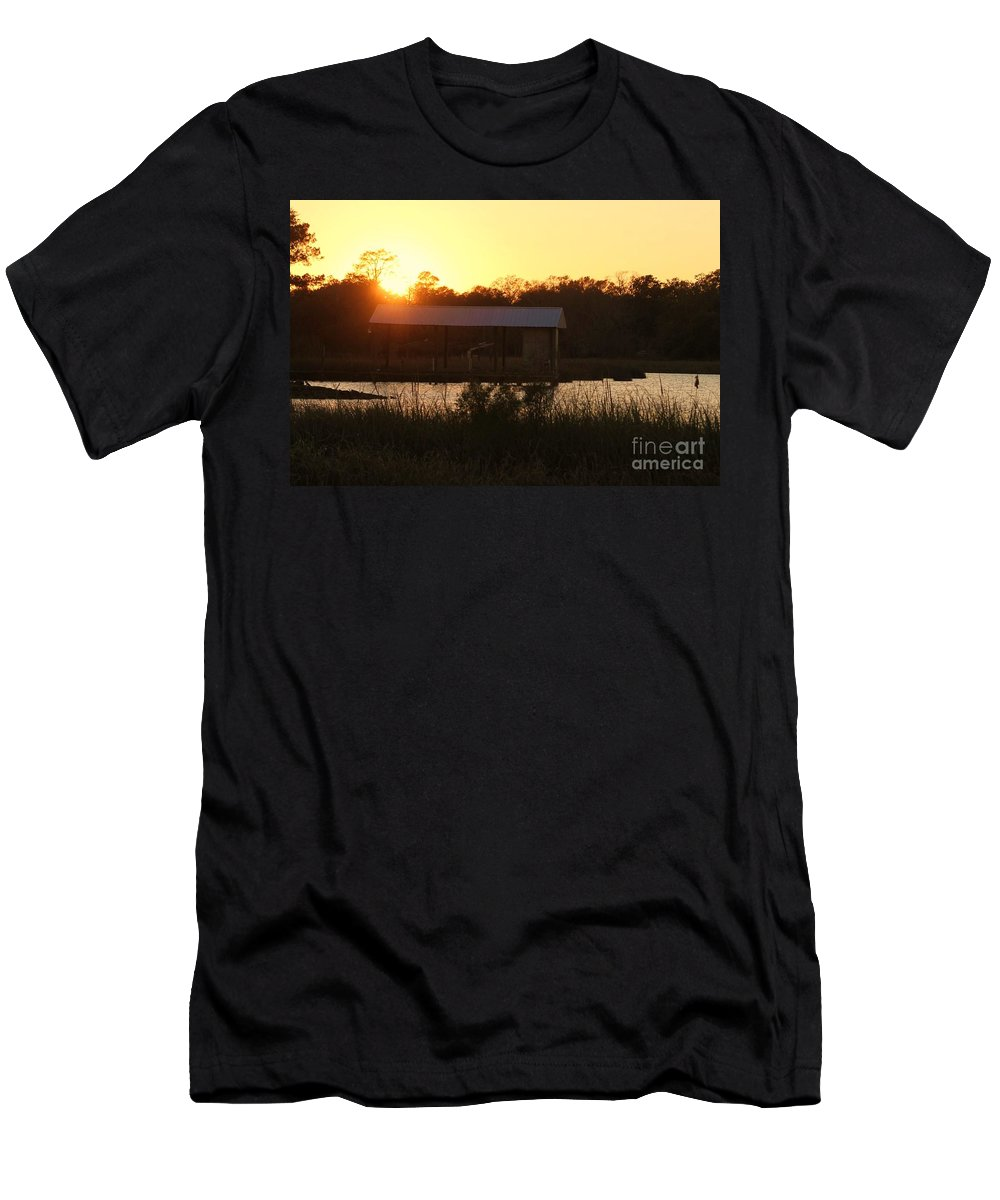 Mississippi Men's T-Shirt (Athletic Fit) featuring the photograph Mississippi Bayou 7 by Michelle Powell
