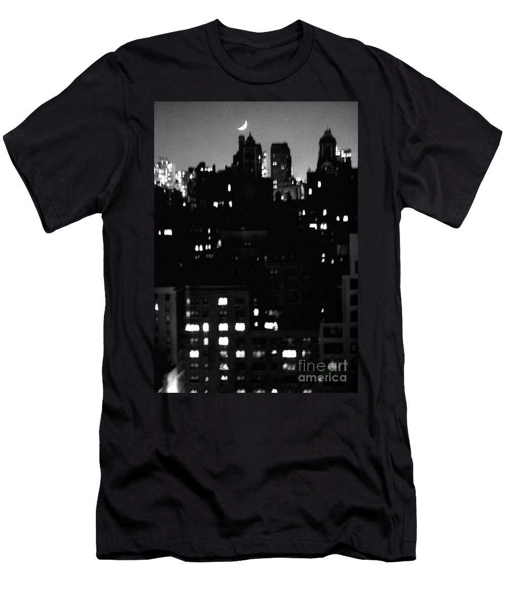 Manhattan Men's T-Shirt (Athletic Fit) featuring the photograph Moon Over Manhattan by Madeline Ellis