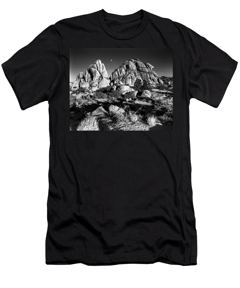 Joshua Tree Men's T-Shirt (Athletic Fit) featuring the photograph Moonrise Over Joshua Tree by Alex Snay