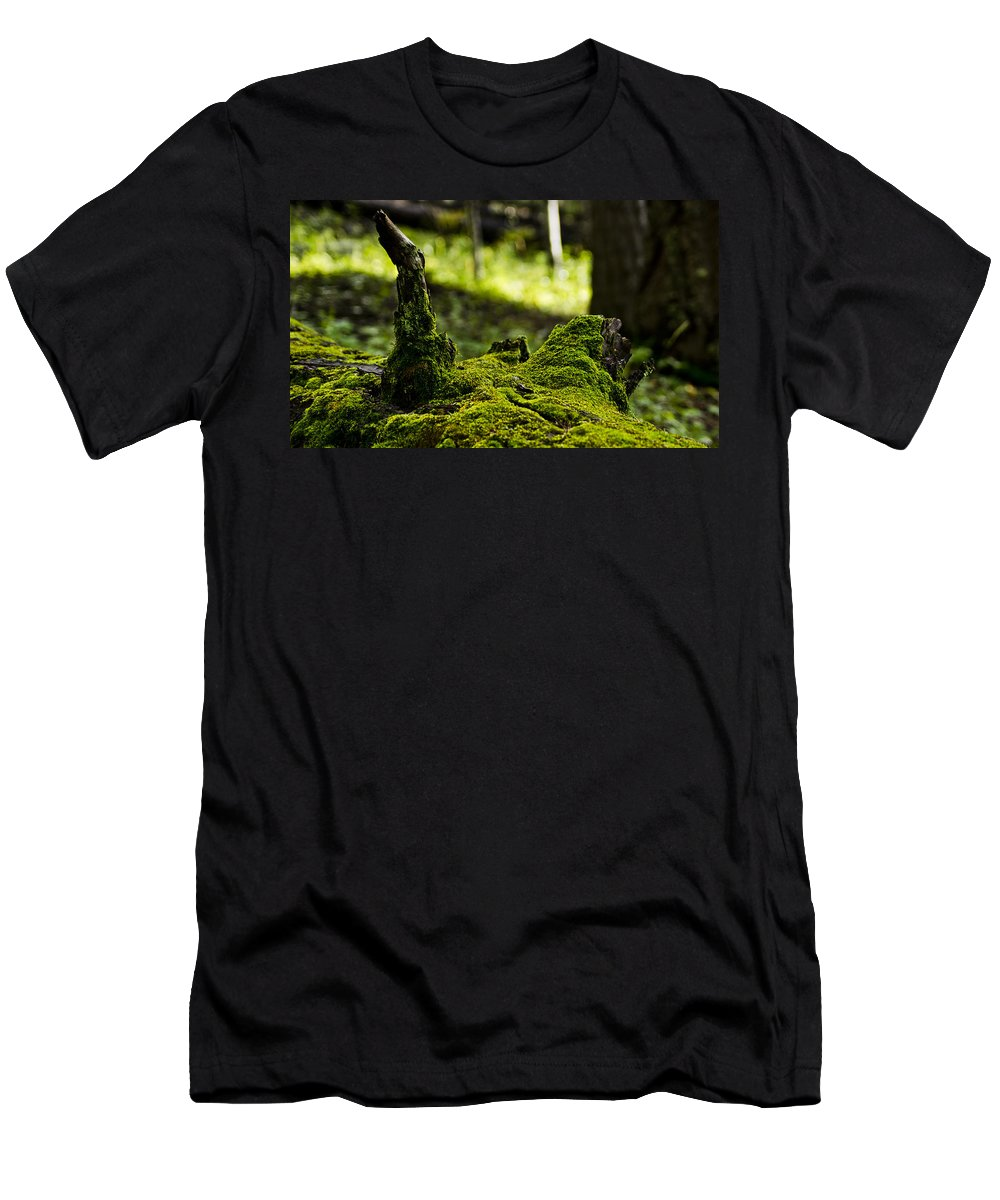 Log Men's T-Shirt (Athletic Fit) featuring the photograph Mossy Log by Patrick Moore
