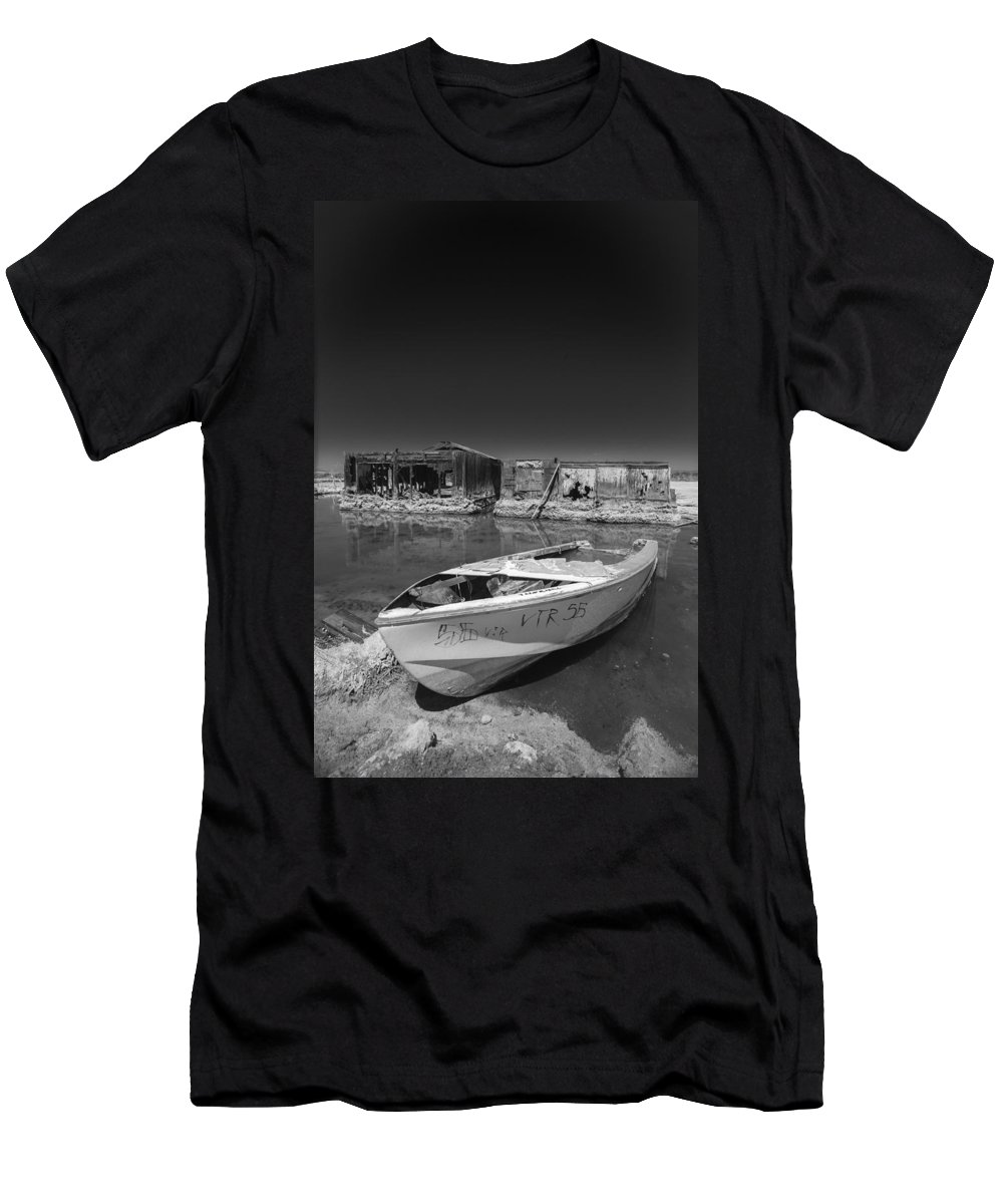 Abandoned Men's T-Shirt (Athletic Fit) featuring the photograph My Front Yard Black And White by Scott Campbell