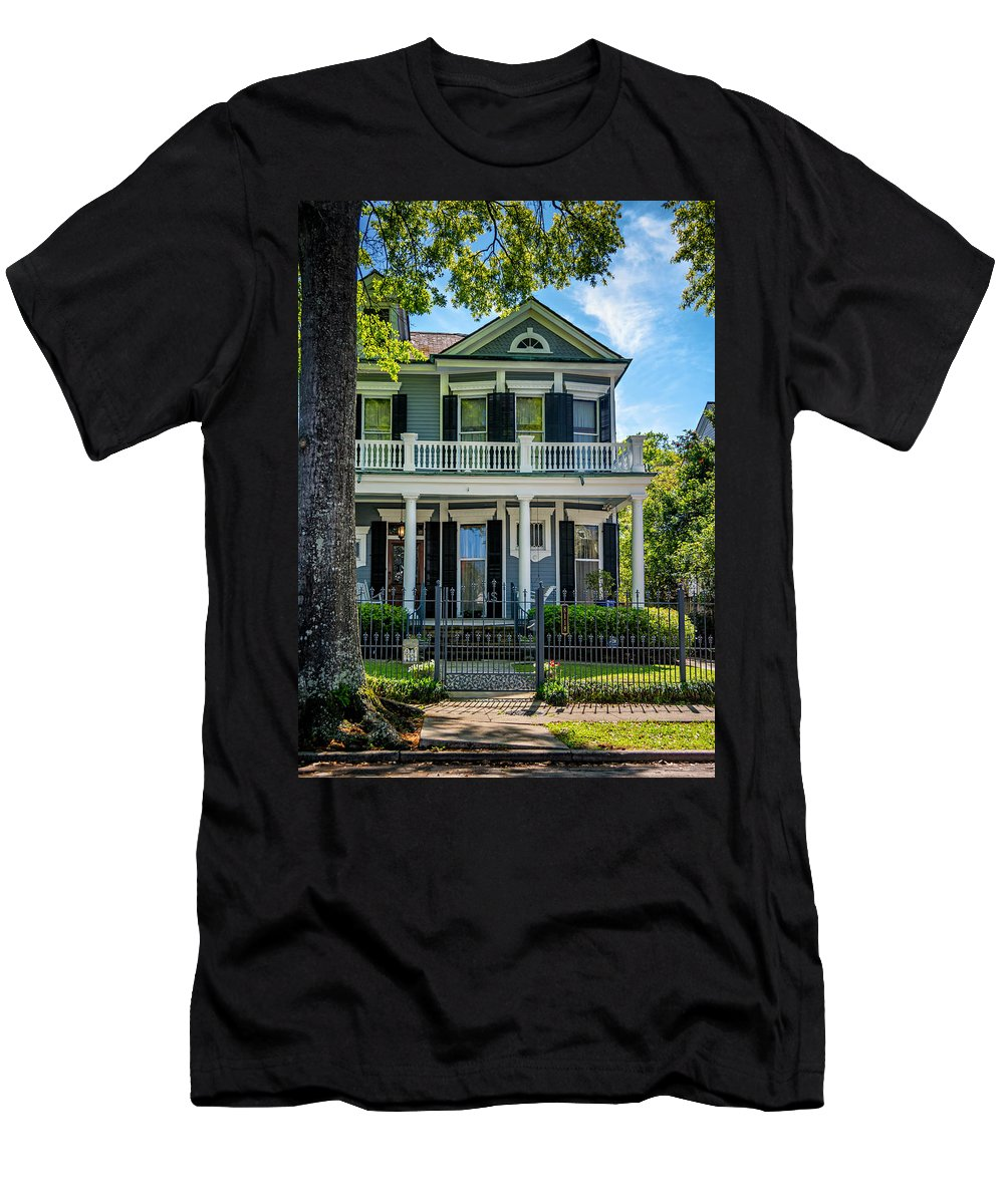 Home Men's T-Shirt (Athletic Fit) featuring the photograph New Orleans Home 6 by Steve Harrington