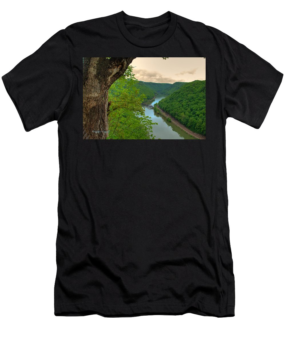 Featured Art Men's T-Shirt (Athletic Fit) featuring the photograph New River Railroad Bridge At Hawk's Nest by Paulette B Wright