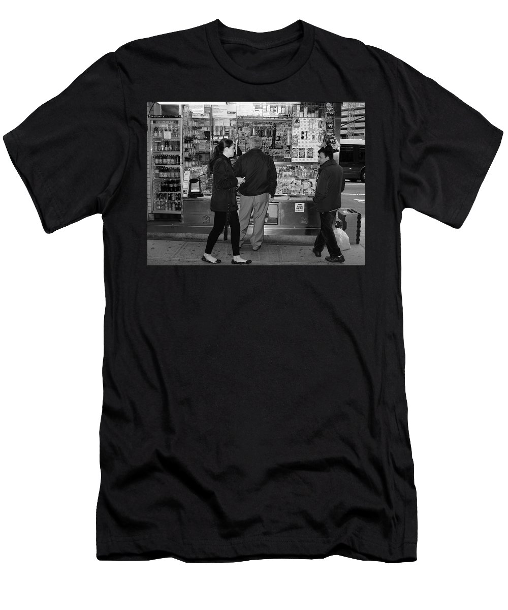 Architecture Men's T-Shirt (Athletic Fit) featuring the photograph New York Street Photography 18 by Frank Romeo