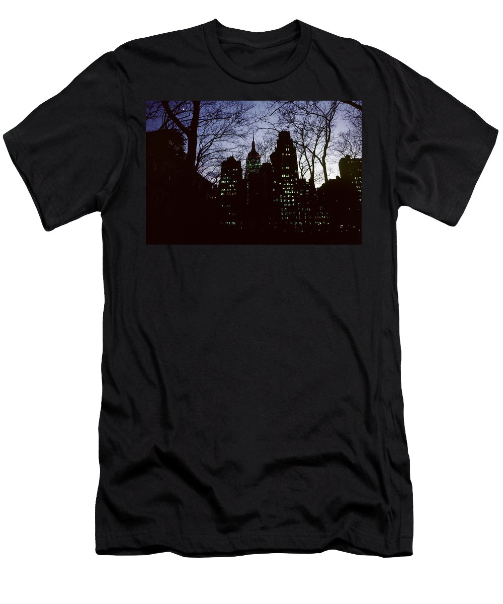 Cityscape Men's T-Shirt (Athletic Fit) featuring the photograph Night Lights Empire State Two Trees by David Hohmann