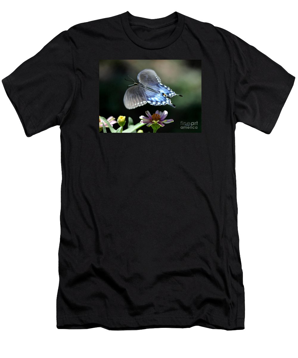 Nature Men's T-Shirt (Athletic Fit) featuring the photograph Oh Heavenly Garden by Nava Thompson