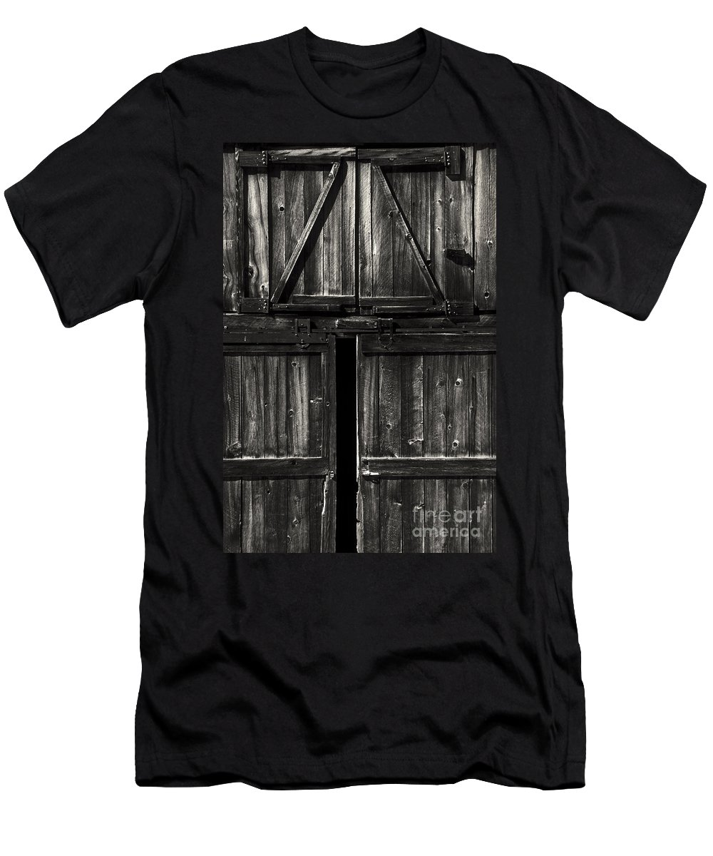 Barn Men's T-Shirt (Athletic Fit) featuring the photograph Old Barn Door - Bw by Paul W Faust - Impressions of Light