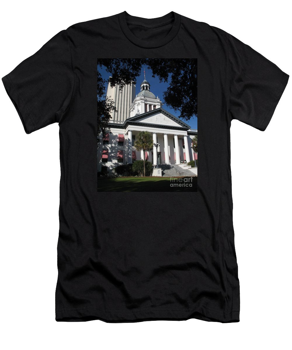 Tallahassee Men's T-Shirt (Athletic Fit) featuring the photograph Old State Capitol - Florida by Christiane Schulze Art And Photography