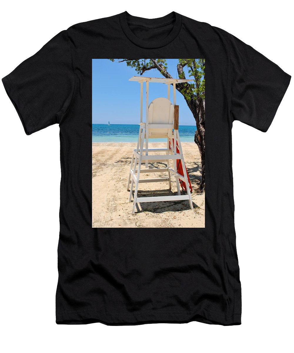 Life Men's T-Shirt (Athletic Fit) featuring the photograph On Guard by David Hart