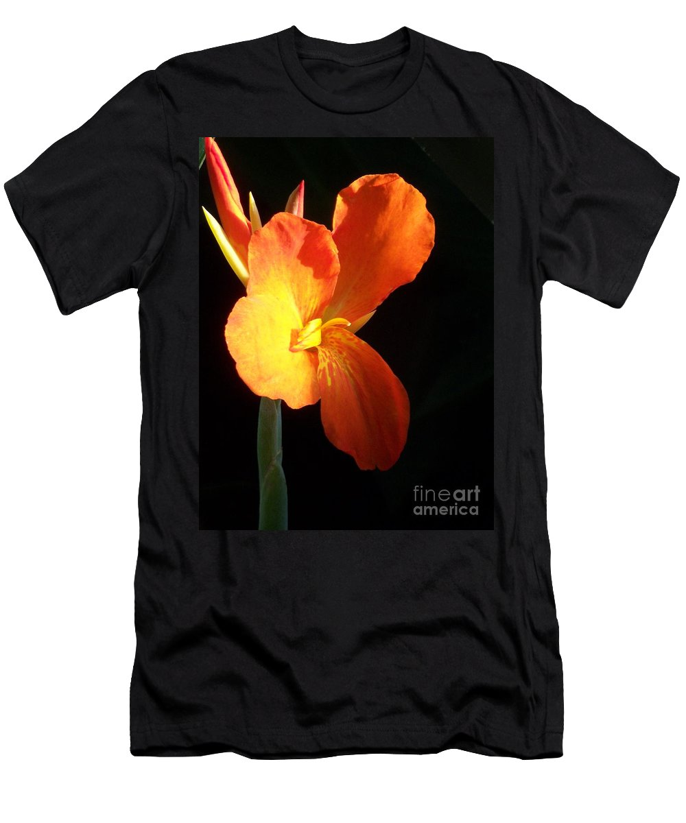Garden Men's T-Shirt (Athletic Fit) featuring the photograph Orange Flower Canna by Eric Schiabor