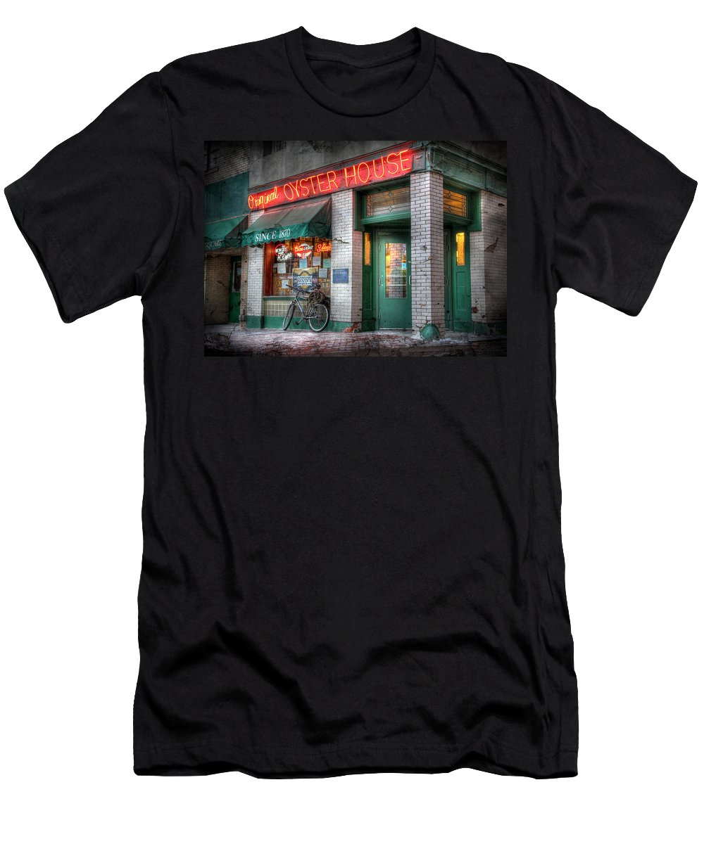 Bicycle Men's T-Shirt (Athletic Fit) featuring the photograph Oyster House by Lori Deiter