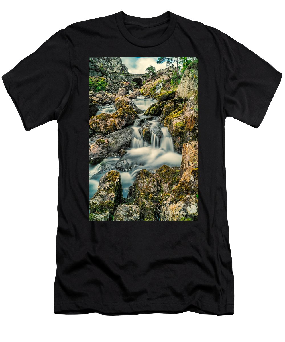 Waterfall Men's T-Shirt (Athletic Fit) featuring the photograph Packhorse Waterfall by Adrian Evans