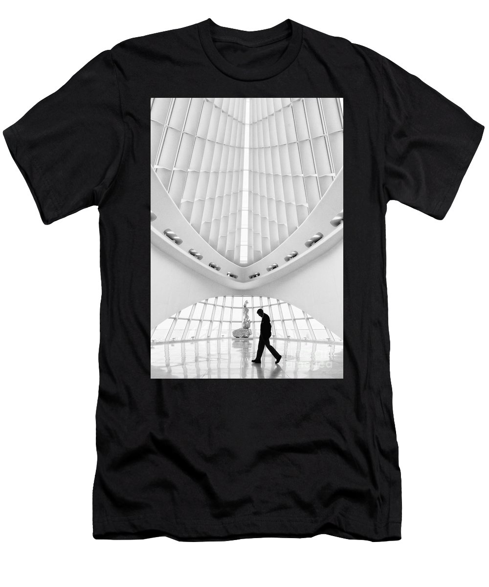 Milwaukee Art Museum Men's T-Shirt (Athletic Fit) featuring the photograph Passing Through by Claudia Kuhn