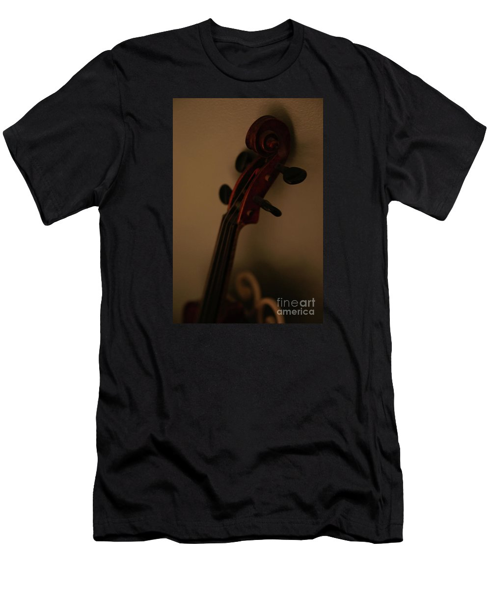 Music Men's T-Shirt (Athletic Fit) featuring the photograph Phoebe by Linda Shafer