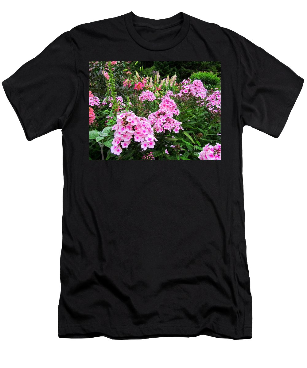 Flowers Men's T-Shirt (Athletic Fit) featuring the photograph Pink Phlox by Elizabeth Dow