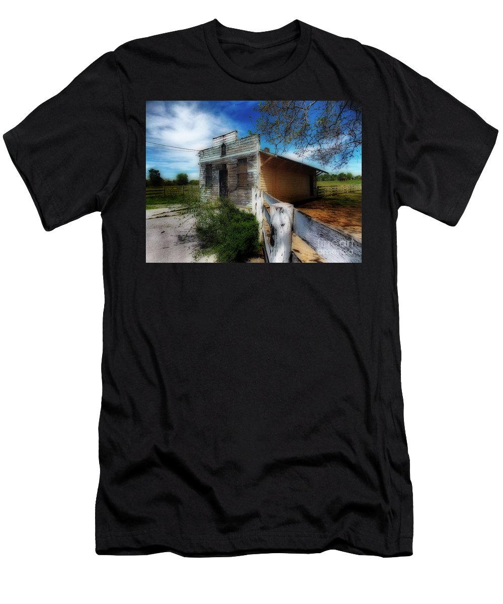 Scenic Tours Men's T-Shirt (Athletic Fit) featuring the photograph Po Box by Skip Willits
