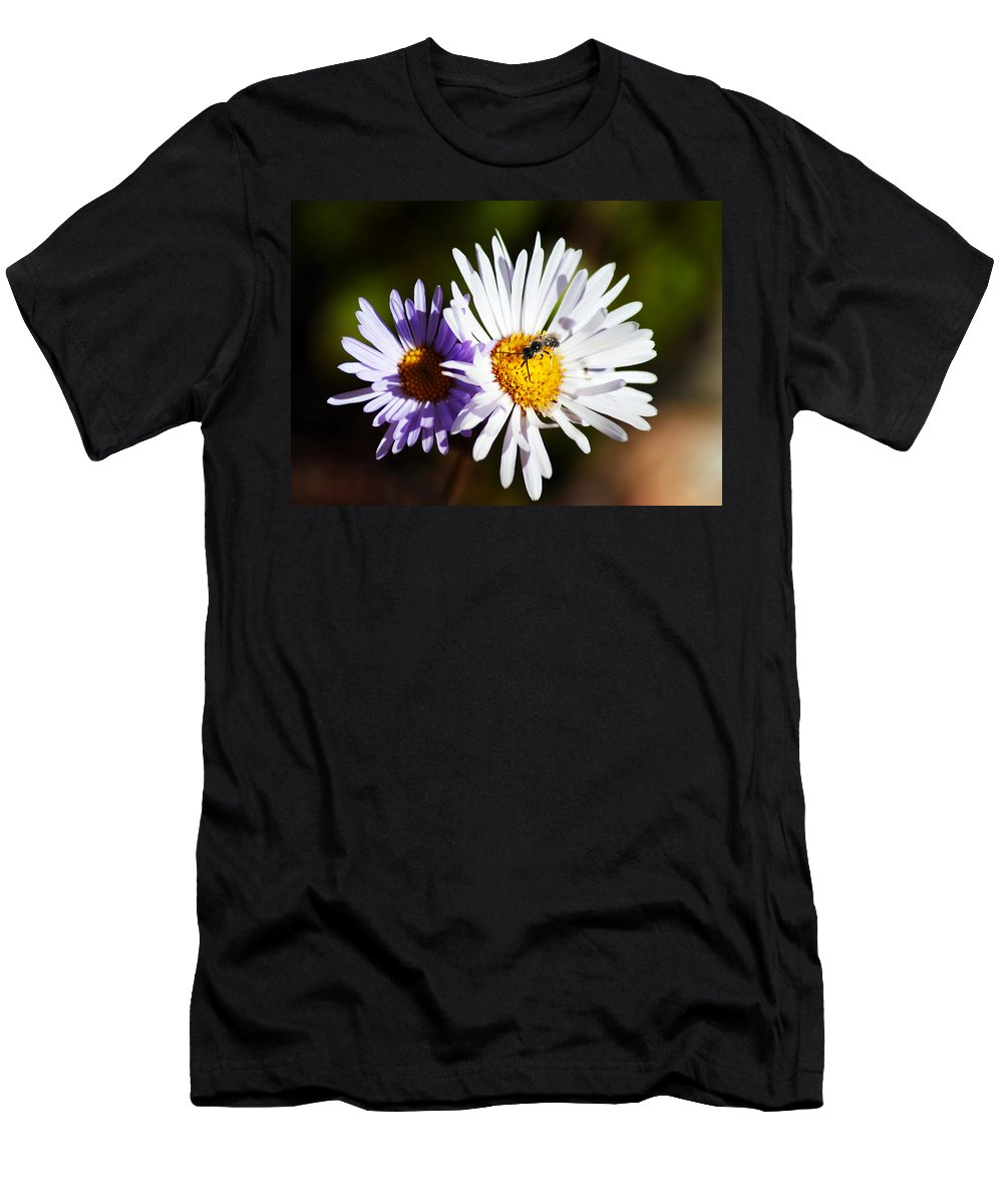 Wildflower Men's T-Shirt (Athletic Fit) featuring the photograph Pollination by Brian Kerls