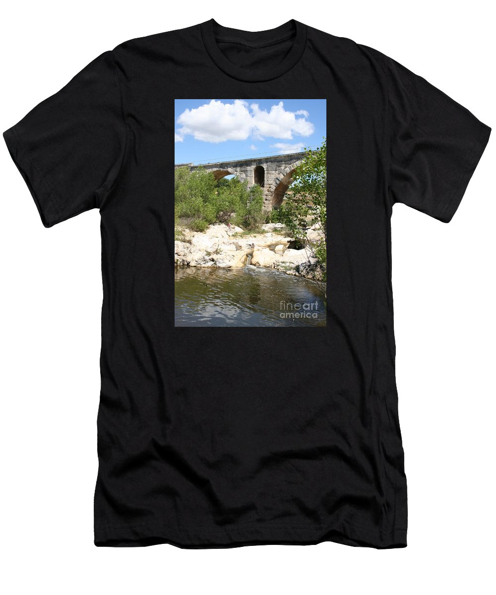 Roman Stonebridge Men's T-Shirt (Athletic Fit) featuring the photograph Pont St. Julien And River by Christiane Schulze Art And Photography