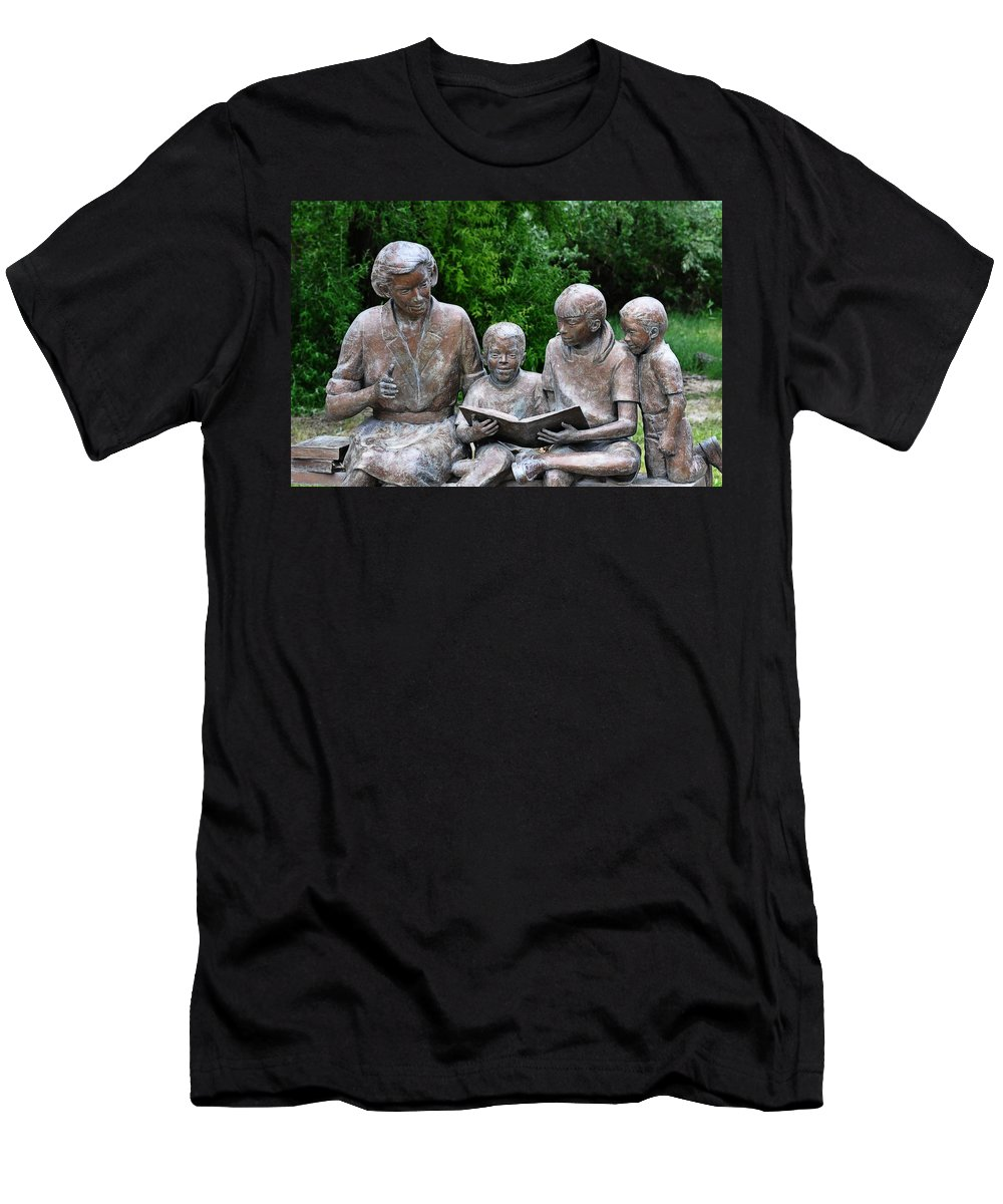 Melba Men's T-Shirt (Athletic Fit) featuring the photograph Reading The Story by Image Takers Photography LLC