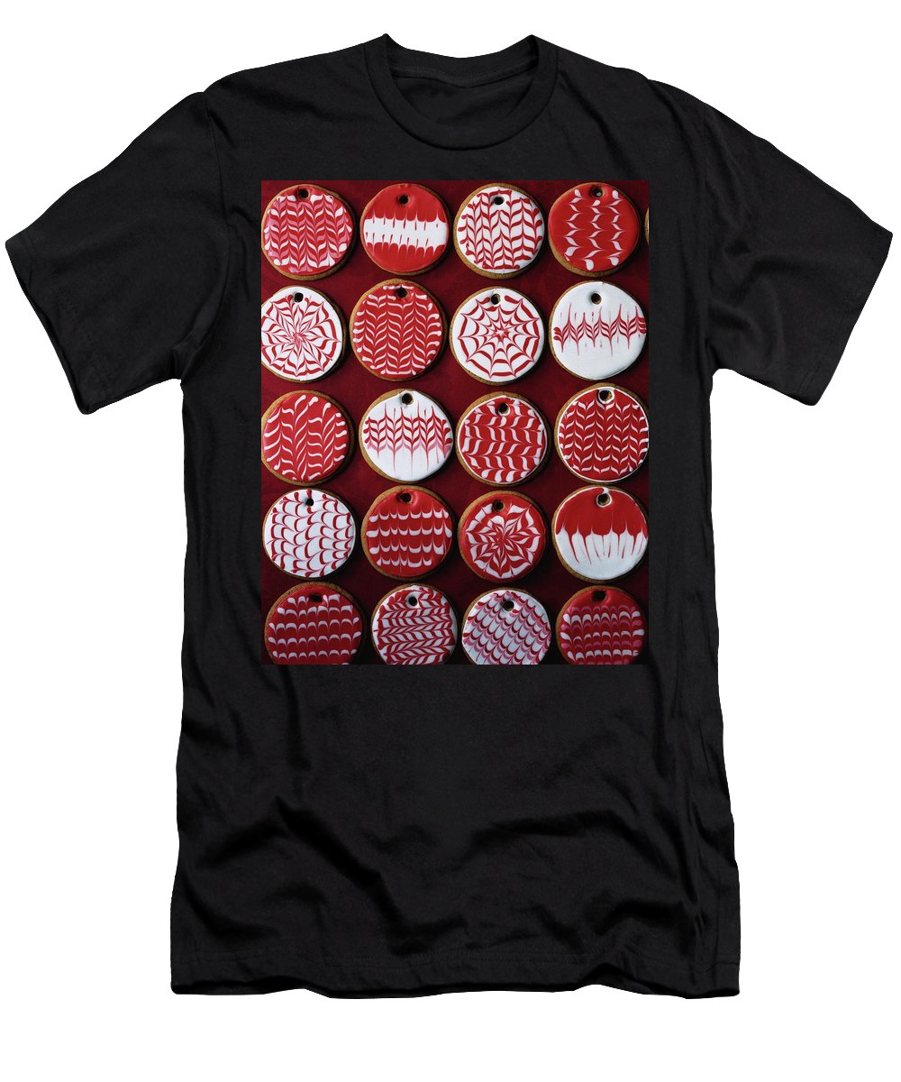 Cooking Men's T-Shirt (Athletic Fit) featuring the photograph Red And White Christmas Cookies by Romulo Yanes