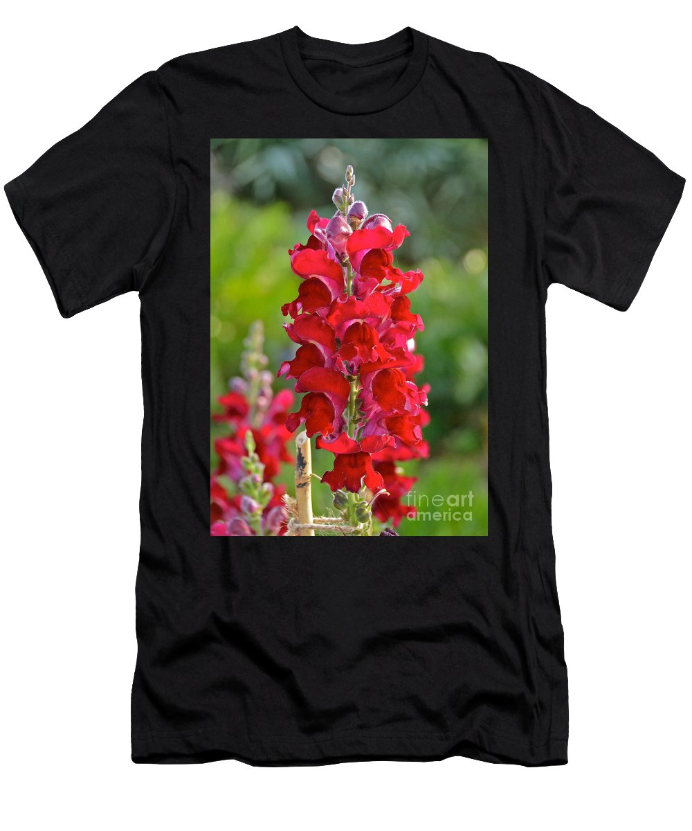 Flower Men's T-Shirt (Athletic Fit) featuring the photograph Red Snapdragon by Carol Bradley