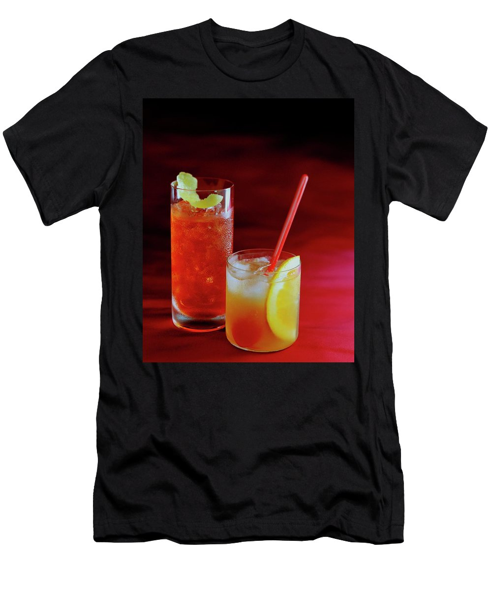 Beverage Men's T-Shirt (Athletic Fit) featuring the photograph Red Rocktails by Romulo Yanes