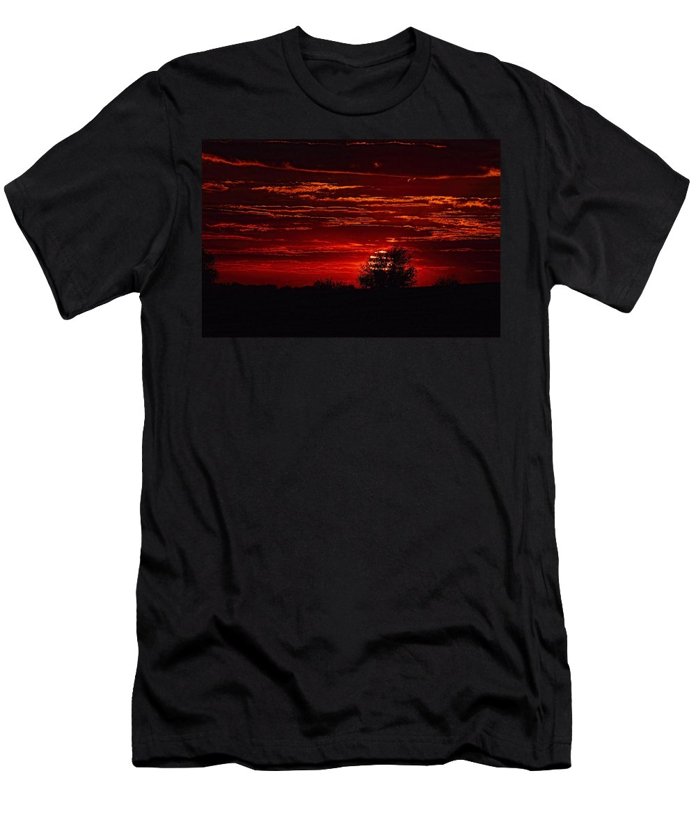 Sunset Men's T-Shirt (Athletic Fit) featuring the photograph Red Set by Bonfire Photography