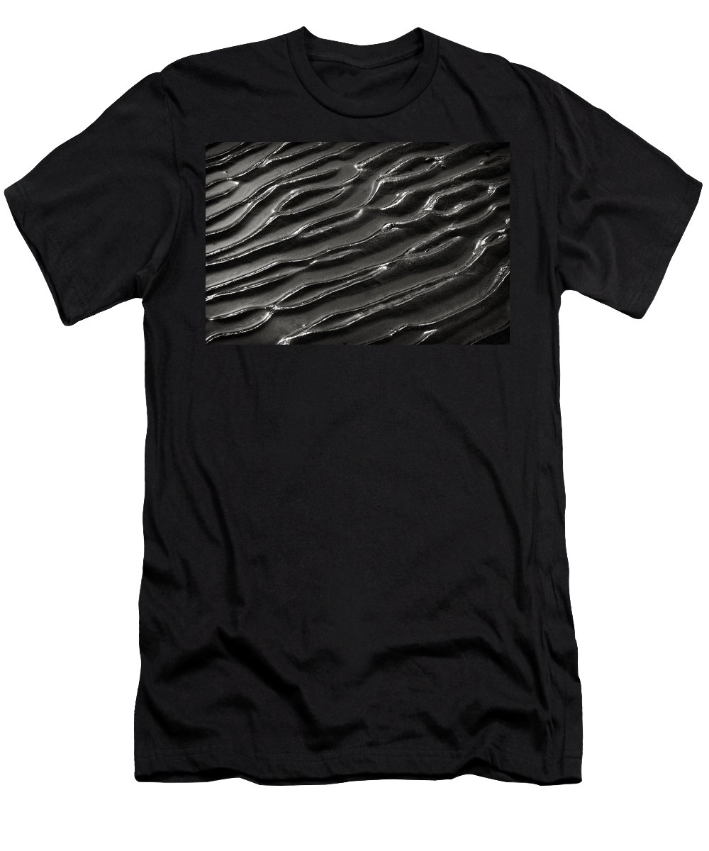 Ripples Men's T-Shirt (Athletic Fit) featuring the photograph Ripples 8 by Robert Woodward