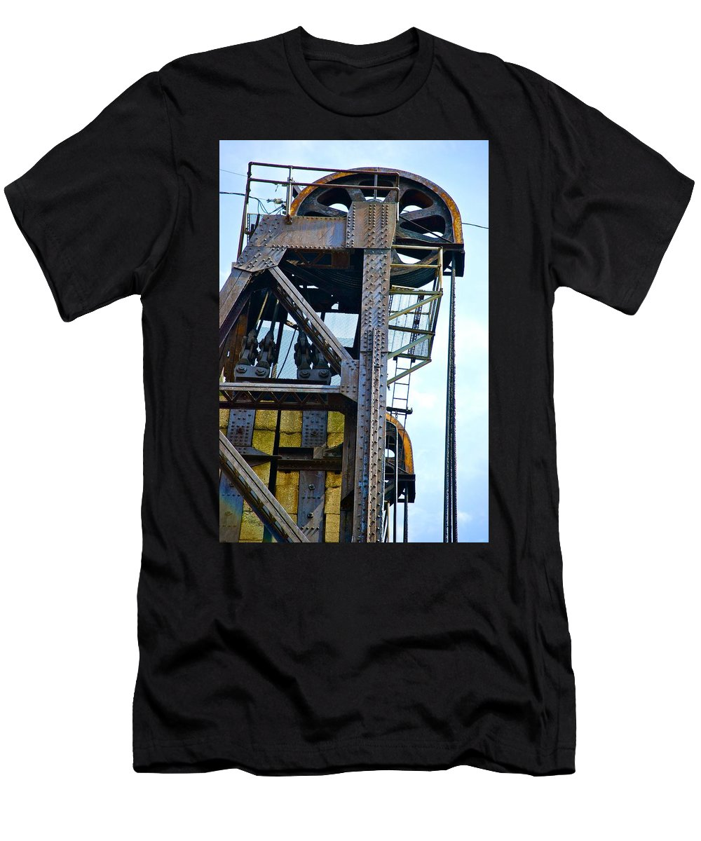 Railroad Men's T-Shirt (Athletic Fit) featuring the photograph Riveting 3 by Charlie Brock