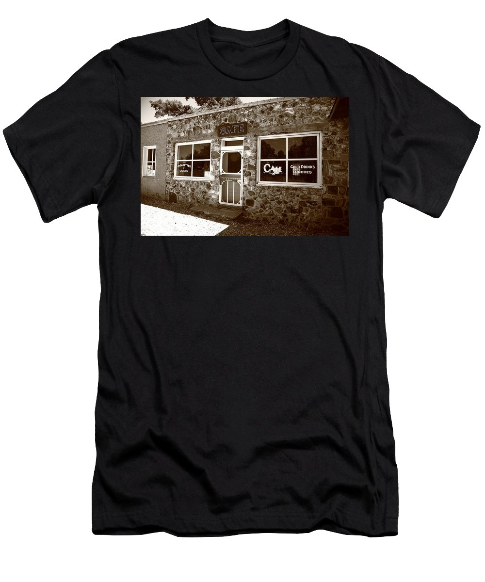 66 Men's T-Shirt (Athletic Fit) featuring the photograph Route 66 Cafe 8 by Frank Romeo