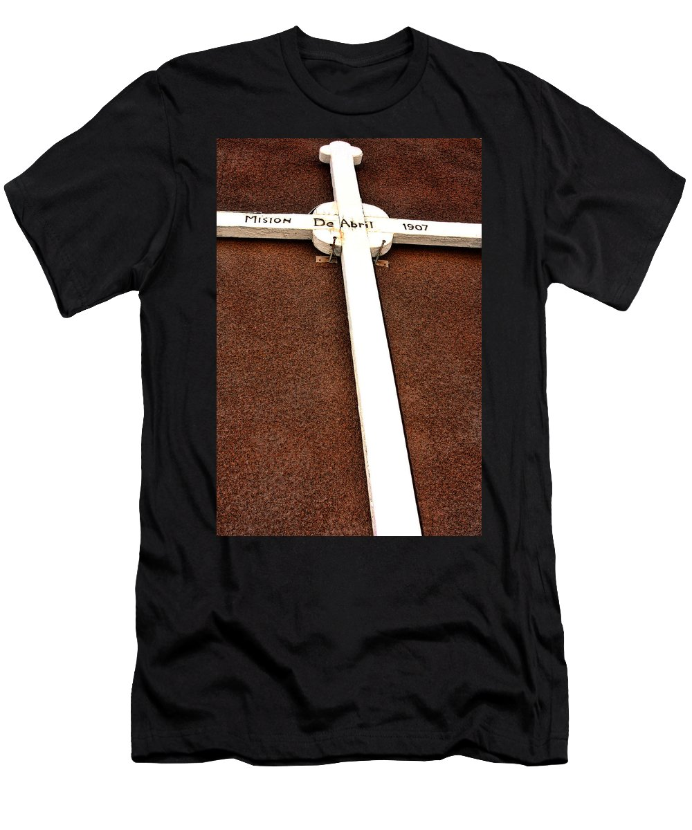 Cross Men's T-Shirt (Athletic Fit) featuring the photograph Sacred Heart Church by David Sanchez