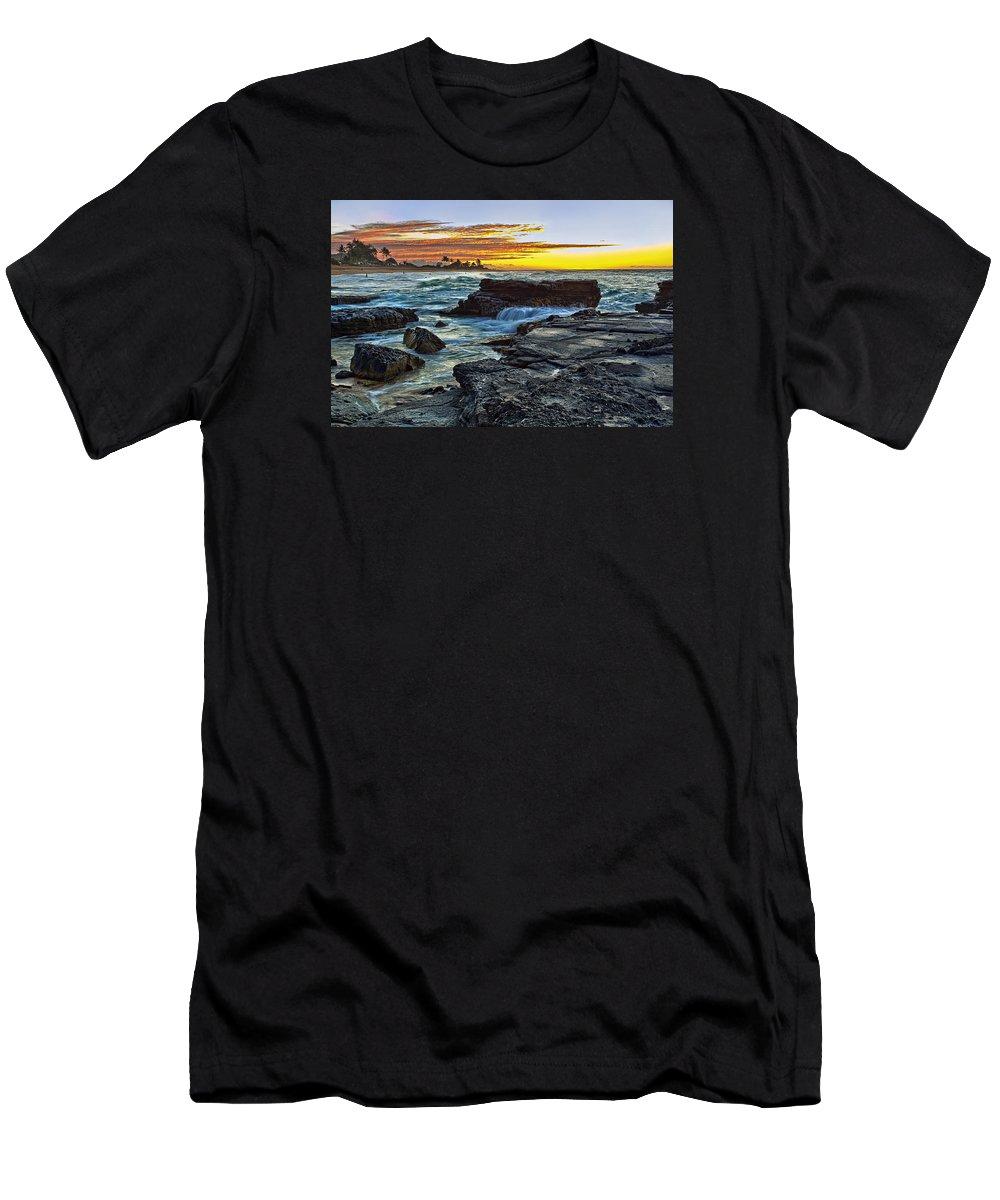 Landscape Men's T-Shirt (Athletic Fit) featuring the photograph Sandy Beach Sunrise by Marcia Colelli