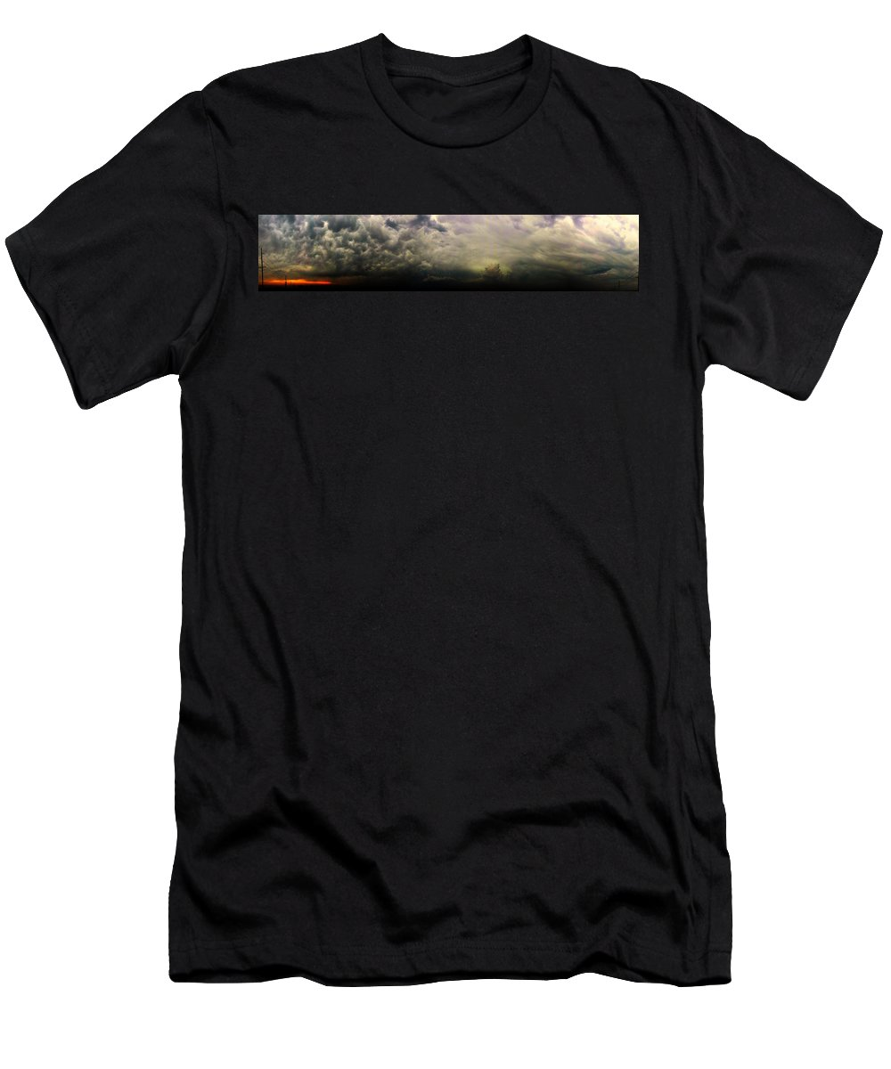 Stormscape Men's T-Shirt (Athletic Fit) featuring the photograph Severe Cells Over South Central Nebraska by NebraskaSC