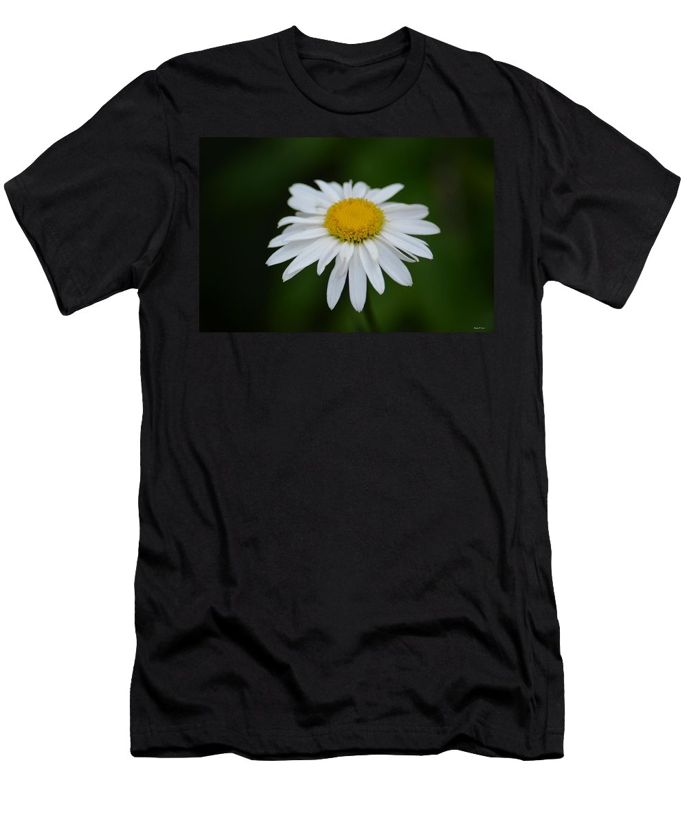 Shasta Men's T-Shirt (Athletic Fit) featuring the photograph Shasta by Maria Urso