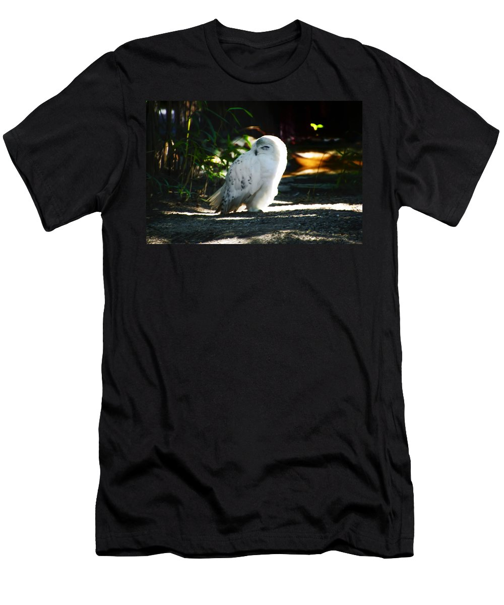 Snow Men's T-Shirt (Athletic Fit) featuring the photograph Snow Owl by Bill Cannon