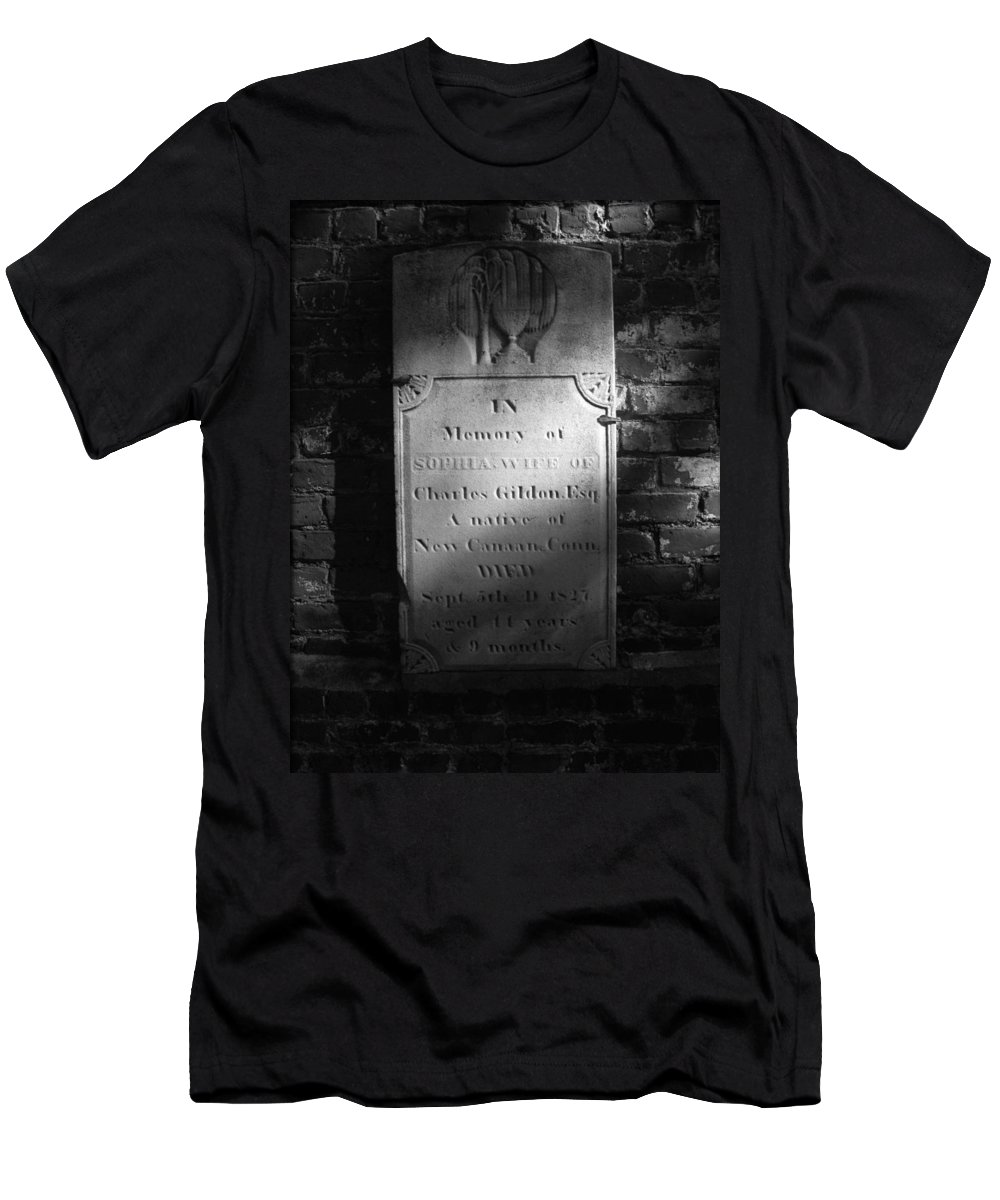 Civil War Men's T-Shirt (Athletic Fit) featuring the photograph Sophia..... 1827 by Brittany Horton