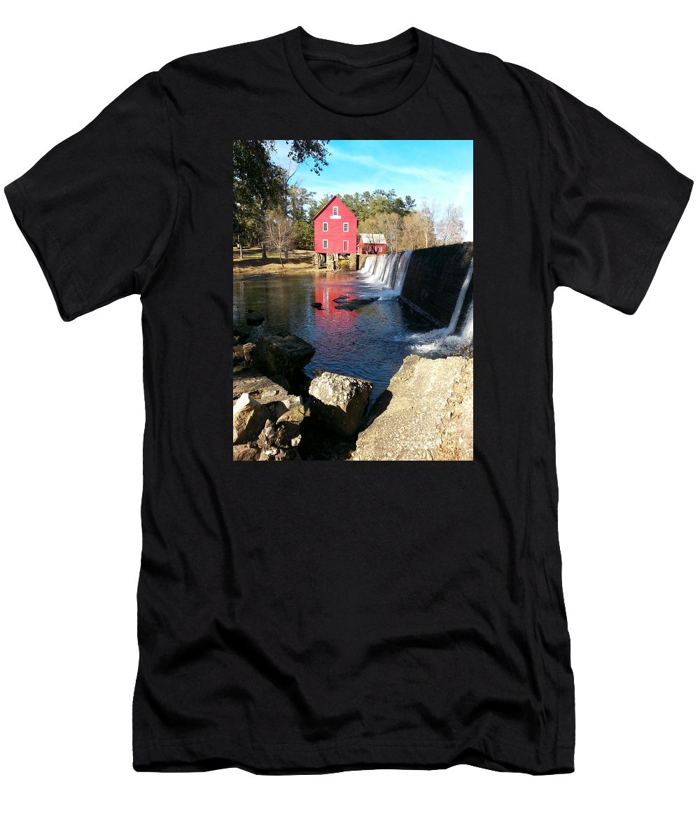 Scenic Men's T-Shirt (Athletic Fit) featuring the photograph Starr's Mill In Senioa Georgia 2 by Donna Brown