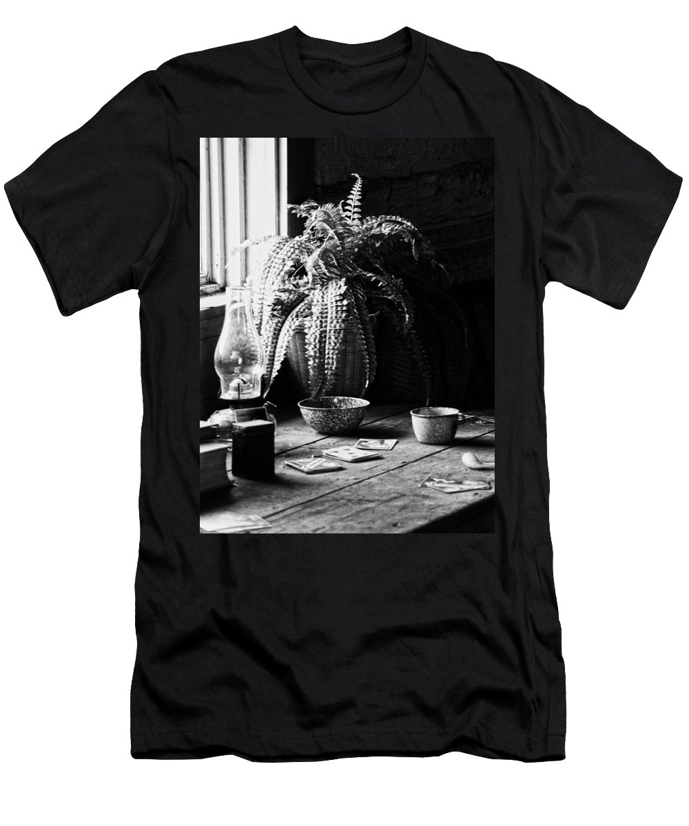 Cards Men's T-Shirt (Athletic Fit) featuring the photograph Stay In Pane by The Artist Project