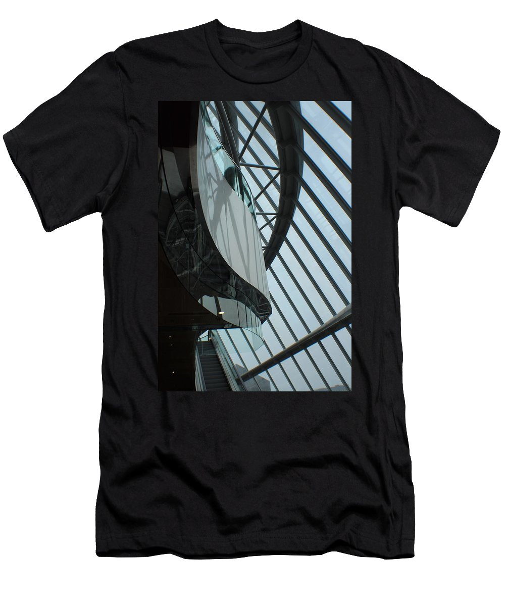 Glass Men's T-Shirt (Athletic Fit) featuring the photograph Steel Ribs by Robert Phelan